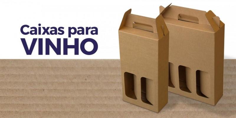 Caixa de papelão para transportar vinhos: todo cuidado para o seu presente especial